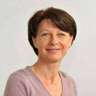 Fabienne FAMCHON -Directrice de la communication et des admissions